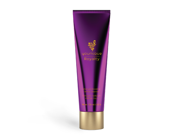 younique-royalty-moisture-boosting-gentle-cleanser
